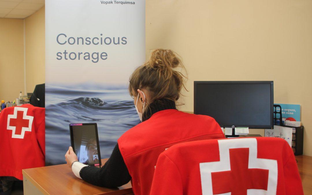 Vopak Terquimsa ayuda a Cruz Roja Tarragona a reducir la brecha digital