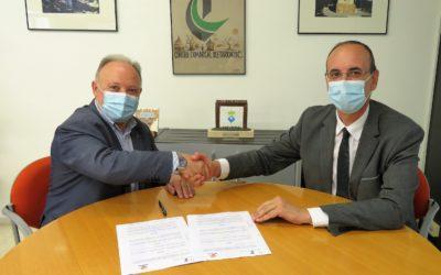 Repsol y CCT renuevan el convenio de colaboración para la convocatoria de los Premios Tarragonès