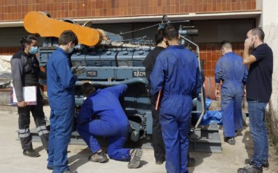 Repsol cede un motor de altas prestaciones al Institut Pere Martell